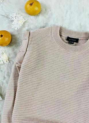 Милый пудровый свитерок с рюшиками