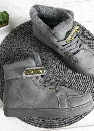 Красивые красовки еко замш зима кросівки зима еко шкіра дуже крута модель
