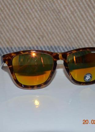 Новые очки pull&bear