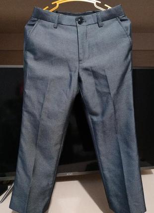 Школьные классические  брюки с отливом matalan