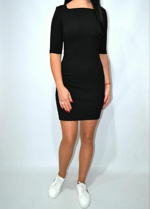 Черное классическое платье мини cos.