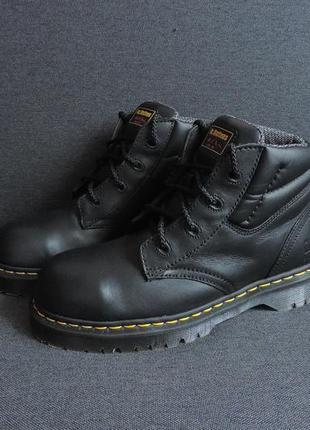 Кожаные ботинки со стальной вставкой в носке dr. martens