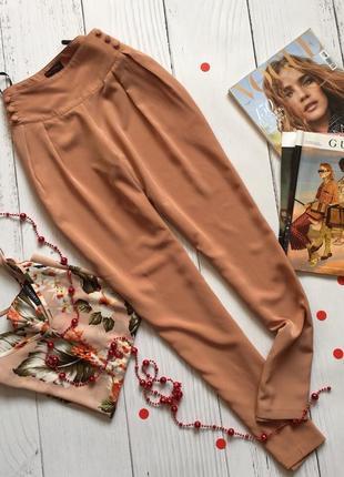 Нежные пудровые штанишки , брюки высокая посадка miss selfridge