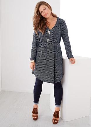 Платье-туника с модным графическим принтом от бренда tchibo, германия - разные размеры