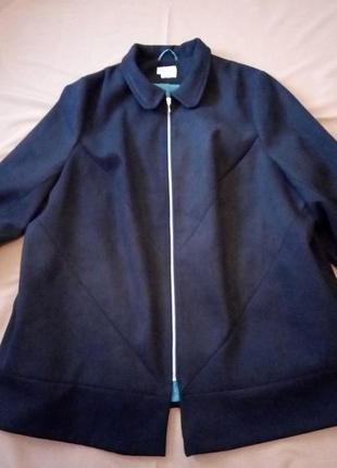 Шикарное качественное пальто, большой размер 30/32