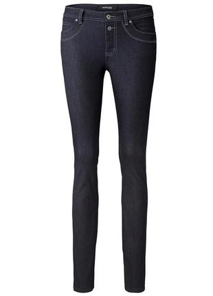 Темно-синие джинсы slim fit от tcm tchibo