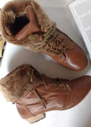 """Коричневые демисезонные ботинки на шнуровке """"tally weijl"""", 2 варианта носки"""