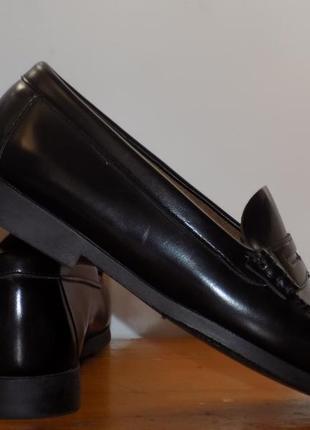 Кожаные фирменные женские стильные туфли 37 р кожа везде
