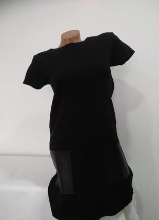 Стильное платье zara  с карманами из эко-кожи
