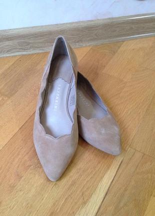 Кожаные туфли балетки лодочки lazzarini натуральная кожа