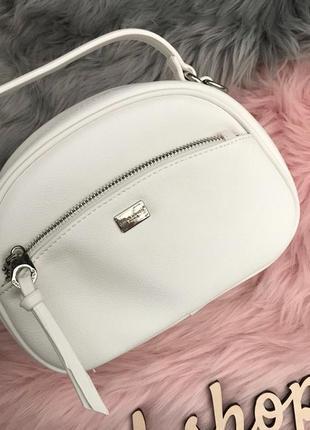 Кросс-боди сумочка мягкая приятная эко-кожа сновая коллекция 2019 белая