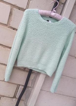 Очень мягкий, красивый свитерок в мятном цвете раз.xs