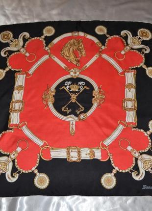 Красивый шелковый платок damian's