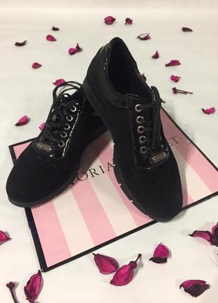 Качественные замшевые ботинки1 фото