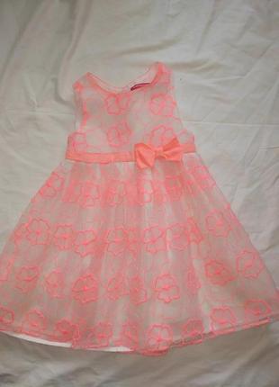 Красивое нарядное платье на девочку 4-5 лет,110 см