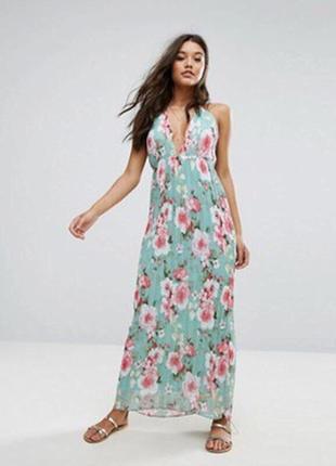 Красивое платье плиссе в цветочный принт