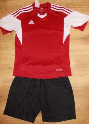 Футбольная форма adidas на 9-10 лет 134-140см