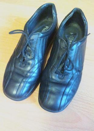 Брендовые,шикарные кожаные туфли,ботинки,полуботинки,38р.от германского бренда rohde.