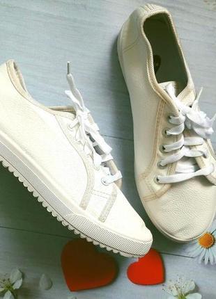 Кеды кроссовки белые подростковые для девочки 21,8 и 22.5
