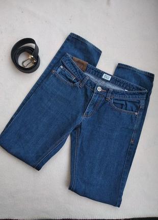 Женские джинсы 2019 - купить модные джинсы недорого в интернет ... 7f9c1e5a85914