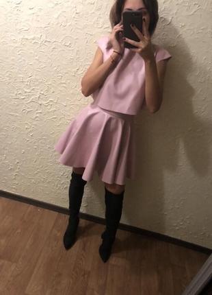 Кожаный набор юбка и топ . кожаная юбка