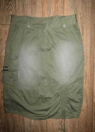 Стильная юбка р-р 12-38 сост новой