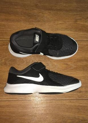 Легкие кроссовки nike revolution 4, оригинал, р-р 33, ст 21,5 см