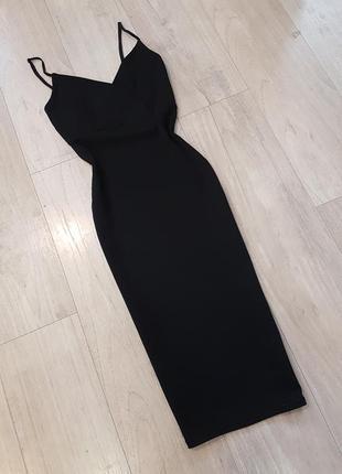 Чёрное миди платье чулок футляр на тонких бретелях