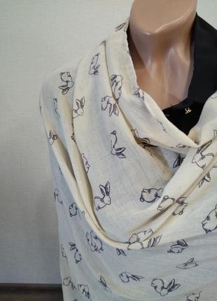 Шарф шарфик палантин шаль есть ньюанс (на фото) но состояние нового