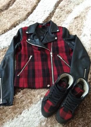 Куртка косуха клетка размер м в подарок ботинки