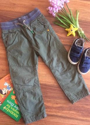 Супермодные хлопковые джоггеры,брюки,штаны для парнишки next на 2 года.