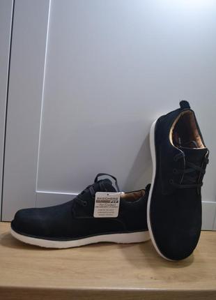 Спортивные туфли skechers