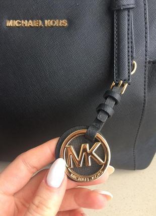 Кожаная сумка michael kors оригинал4 фото