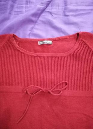 Миленькая красная кофточка geva co