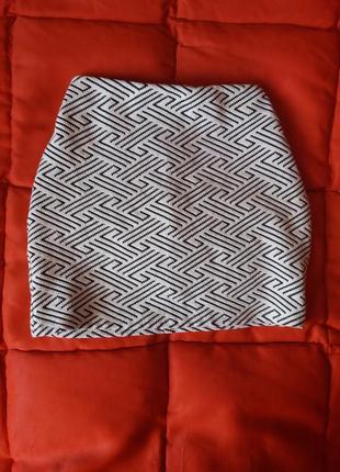 Плотная мини юбка с высокой талией