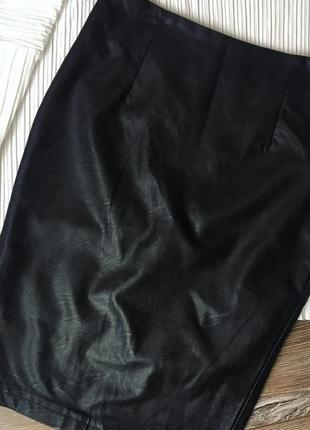 Стильная кожаная юбка карандаш кожзам