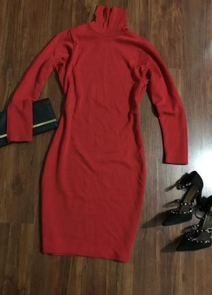 Красное платье- свитер с длинными рукавами , туника