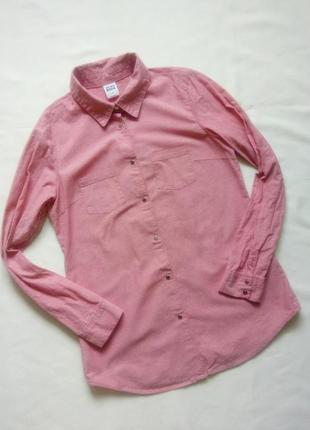Розовая рубашка на кнопках