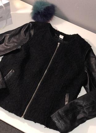 Куртка косуха кожанка куртка с кожаными рукавами чёрного цвета h&m
