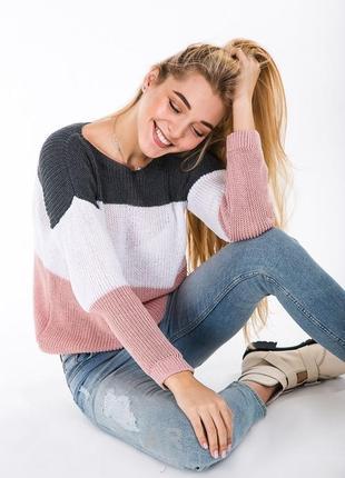 Легкий свитерок на весну в полоску
