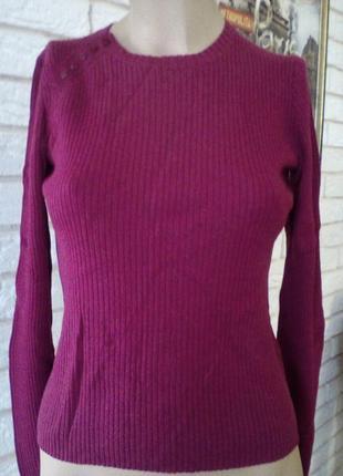 Актуальный свитер,свитерок 100% итальяно мерино шерсть красивый цвет  gap