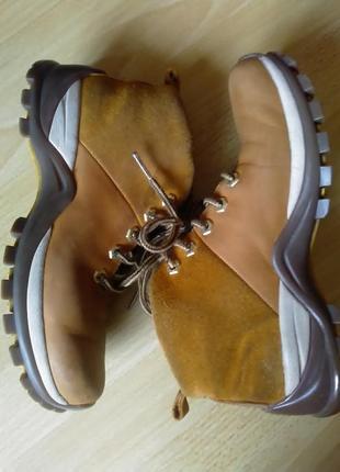 Женские ботинки 37р camel