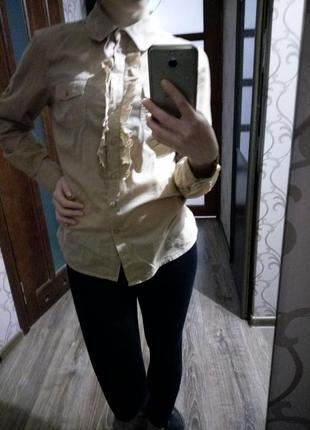 Не дорого якісна, нарядна рубашка