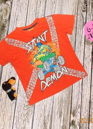 Красивая футболка duck & dodge для мальчика 6-7 лет. 116-122 см