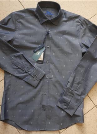 Красивая мужская рубашка harmont & blaine