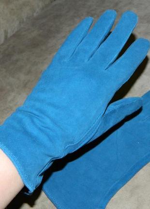 Перчатки новые женские под замшу цвет лазурный.
