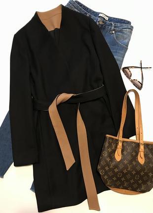 Стильное весеннее пальто чёрного цвета с контрастной отделкой (шерсть)
