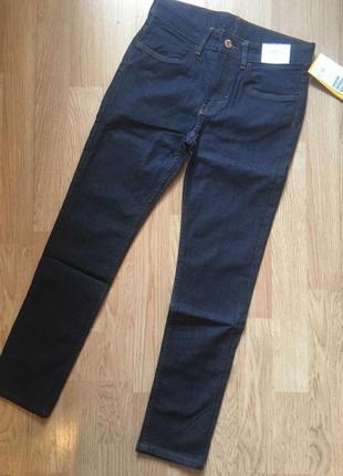 Стильные джинсы , скины на подростка h&m,р. 9-10 лет, 134- 140