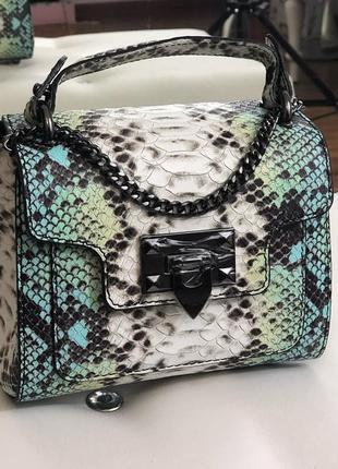 Небольшая кожаная сумочка, коллекция 2019