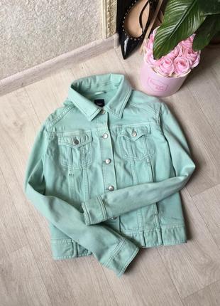Мятная джинсовая курточка дорогого бренда gap